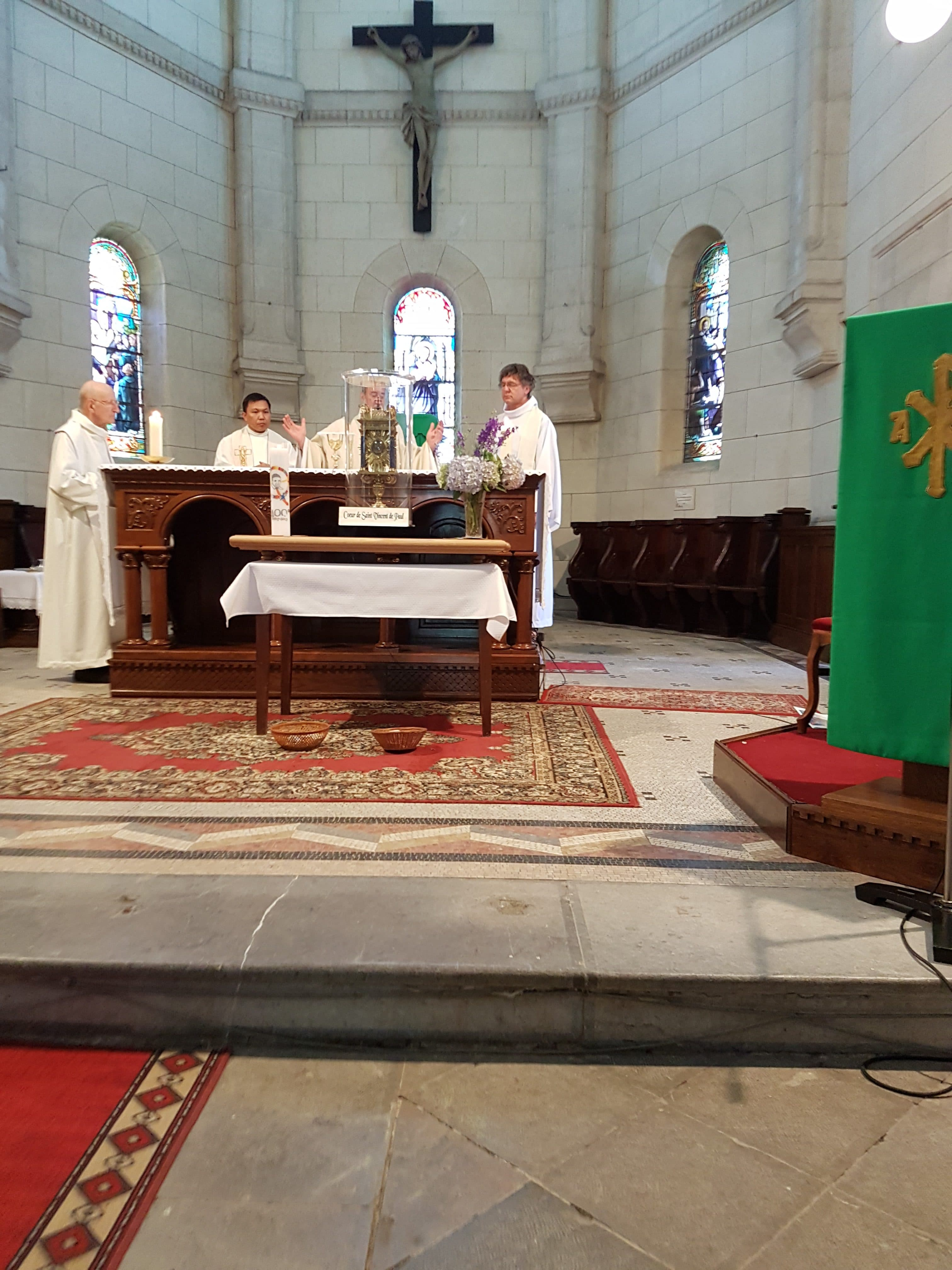 A l'Eglise de Saint-Vincent-de-Paul