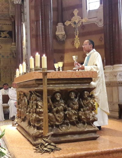 messe à l'église de Ars avec Patrick notre dernier ordonné